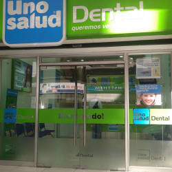 Clínica Dental Uno Salud Dental - Moneda en Santiago