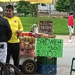 Venta de Jugos y Sandwichs  en Bogotá