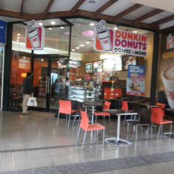 Dunkin' Donuts - Mall Paseo Quilín en Santiago