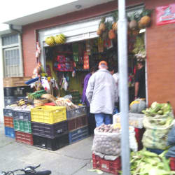 Tienda Transversal 85 con 64I en Bogotá