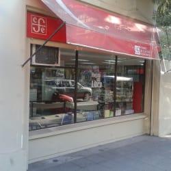 Fondo de Cultura Económica en Santiago