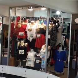 Centro Comercial Dos Caracoles en Santiago