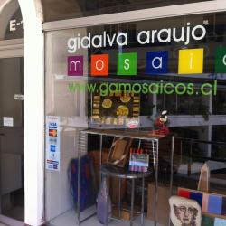 Gidalva Araujo Mosaicos en Santiago