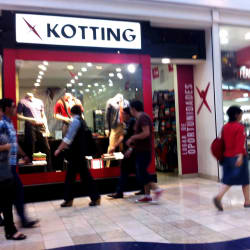 Kotting - Mall Plaza Vespucio en Santiago