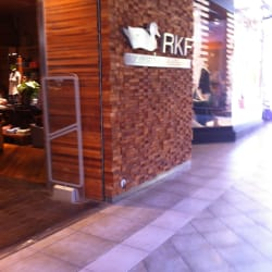 Rockford - Portal La Dehesa en Santiago