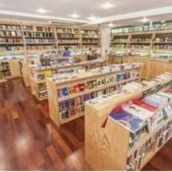 Librería UC en Santiago