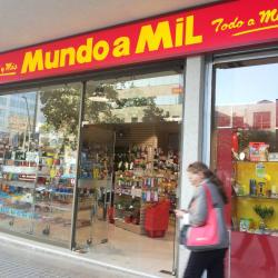 Mundo a Mil - Av. Nueva Providencia en Santiago