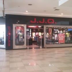 JJO - Mall Plaza Alameda  en Santiago