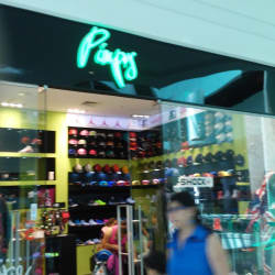 Pimps - Mall Plaza Tobalaba en Santiago