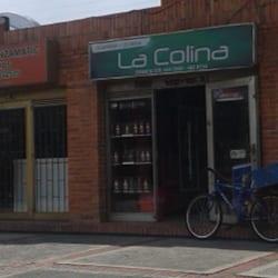 Cigarrería y Licorera La Colina en Bogotá