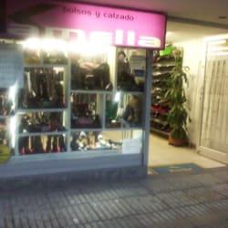 Bolsos y Calzado Kamelia en Bogotá