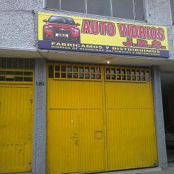 Auto Vidrios J.R.S Local  2 en Bogotá
