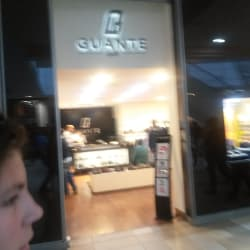 Zapatería Guante - Mall Plaza Sur en Santiago