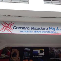 Comercializadora H & J S,A,S, en Bogotá