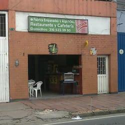 Punto Fábrica Empanadas y AlgoaMás en Bogotá