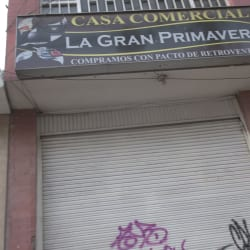 Casa Comercial La Gran Primavera en Bogotá