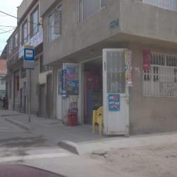 Tienda De Barrio Carrera 78F con 76 en Bogotá