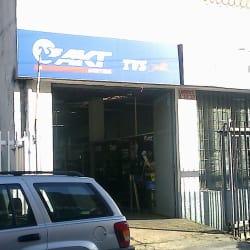 AKT Motos TVS Carrera 20A con 74 en Bogotá