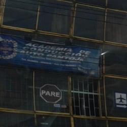 Academia de Conducción Auto Pantoja en Bogotá