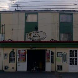 Panadería Pastelería El Pan De La Abuela en Bogotá