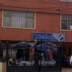Panadería Cafetería Pastelería La Embajadora en Bogotá