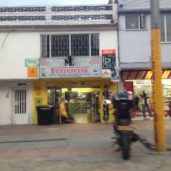ML Ferretería en Bogotá