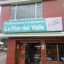 Panificadora y Cafeteria Flor Del Valle en Bogotá