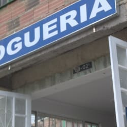 Drogueria Transversal 8 Este en Bogotá