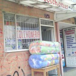 Muebles y Colchones Calle 33 con 4 en Bogotá