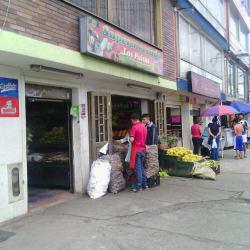 Supermercado Los Paisas Calle 69A en Bogotá