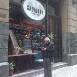 Salvador Cocina y Cafe en Santiago