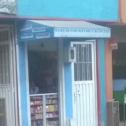 Dulcería Carrera 101B con 138 en Bogotá