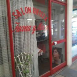 Salon Juana y Mireya en Santiago