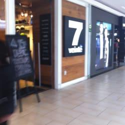7veinte - Mall Plaza Egaña en Santiago