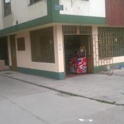 Tienda y Cafetería Calle 138  en Bogotá