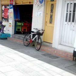 Tienda Carrera 73D con 35 en Bogotá