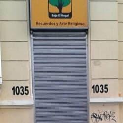 Tienda Bajo El Nogal en Santiago