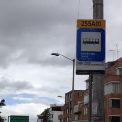 Paradero SITP Barrio Santa Bárbara Central - 255A01 en Bogotá