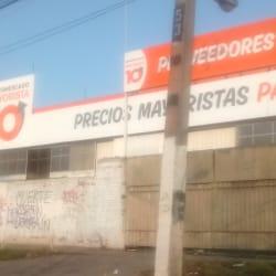 Supermercado Mayorista 10 - Concha y Toro 4115 en Santiago
