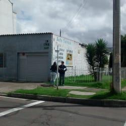 Autoservicio Dino y Cia en Bogotá