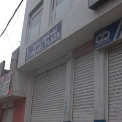 Centro Comercial Misael Plaza en Bogotá