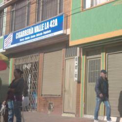 Cigarreria Valle De La 42 A  en Bogotá