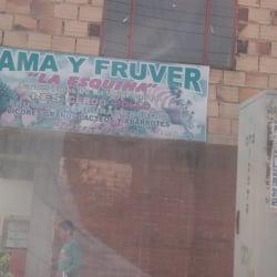 Fama y Fruver La Esquina en Bogotá