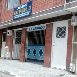 Lavaseco Super 3 en Bogotá