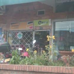 Tienda de Barrio Calle 56B con 78B en Bogotá
