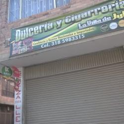Dulceria y Cigarreria La Villa de Jyer en Bogotá