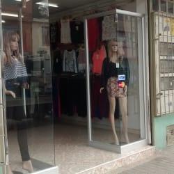 Tienda de Ropa Calle 188 con 15 en Bogotá