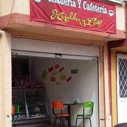 Hojaldre y café en Bogotá