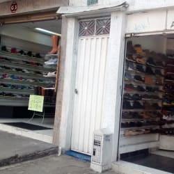 Tienda de Calzado Carrera 78B con 38 en Bogotá