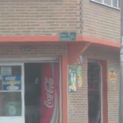 Tienda de Barrio Carrera 77X con 45 en Bogotá
